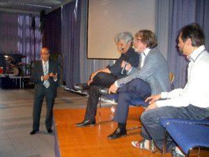 Podiumdiscussie met dagvoorzitter Wim Manuhutu