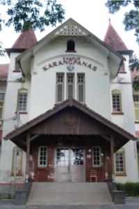 Semarang: Karangpanas, 2014