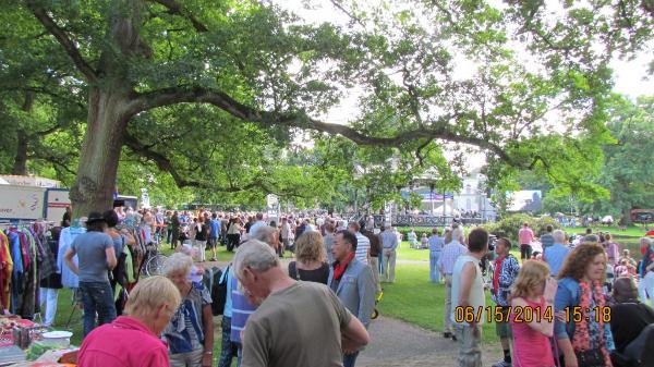 200 jaar koninkrijk: Oranjepark Apeldoorn