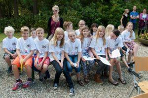 Kinderen van de Heuvellaanschool te Apeldoorn