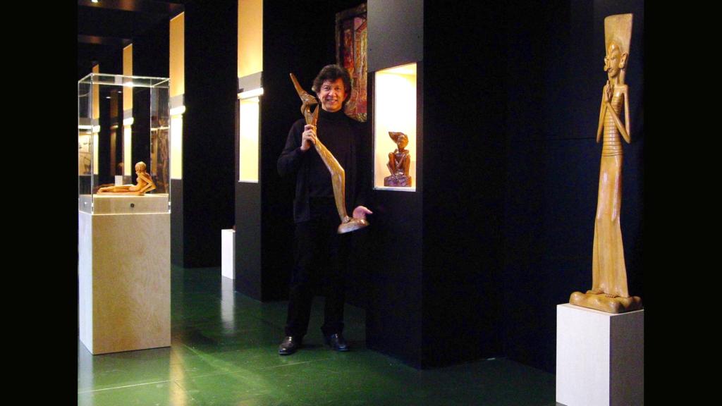 Frans Leidelmeijer als gastconservator bij Museum Nusantara (2005-2006)